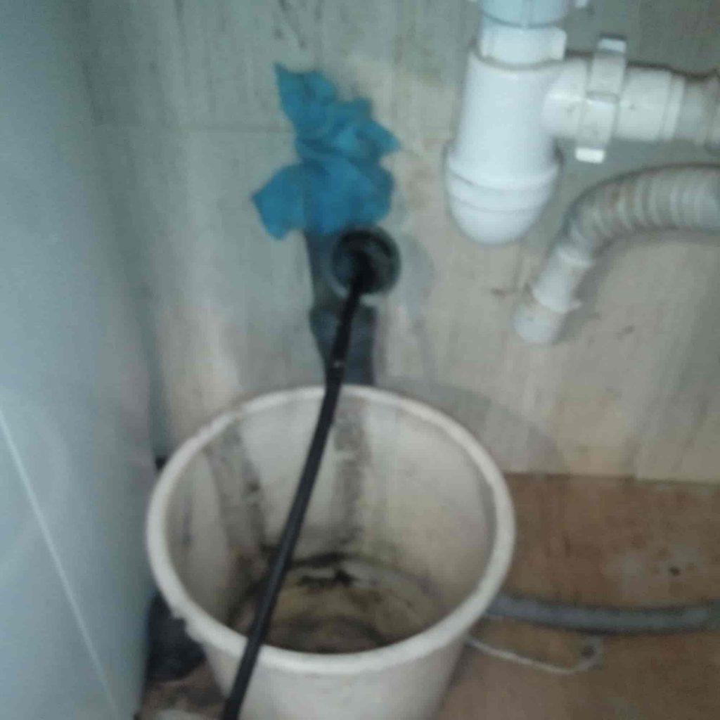 гидродинамическая промывка внутренней канализации через умывальник